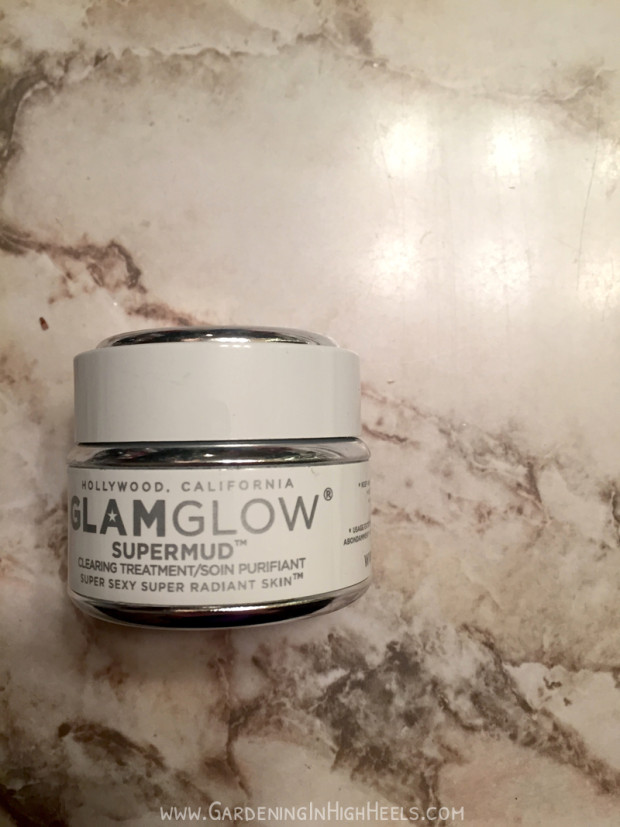 GlamGlow Supermud clearing treatment is my holy grail face mask for when my skin feels congested