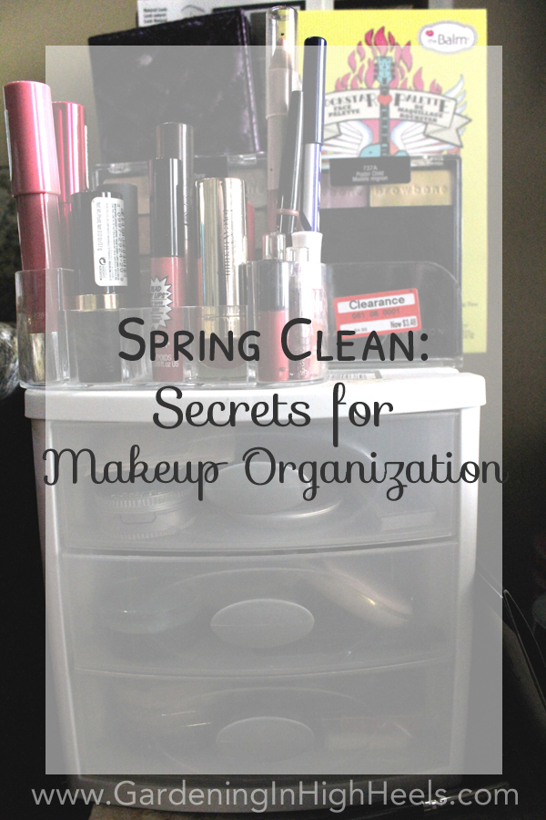 Easy secrets to sort through and organize makeup for a spring clean! Use these tips to organize and store your makeup using things you probably already have around the house.