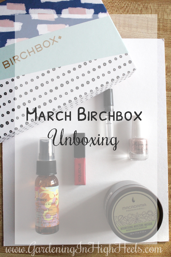 March Birchbox Unboxing! The month's theme is creativity and you can definitely play around with some fun stuff here.
