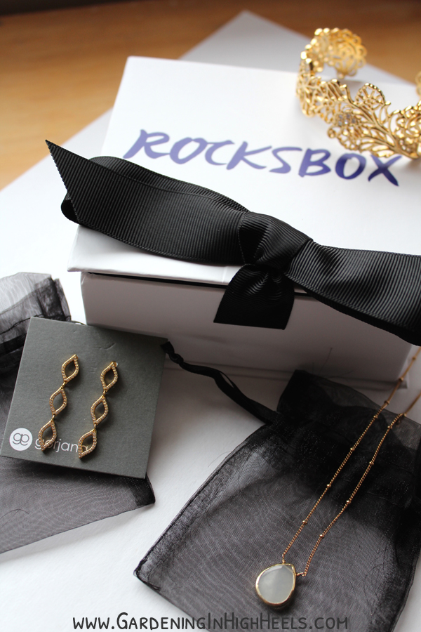 Rocksbox is seriously awesome. They send you designer jewelry as often as you want. Return your box when you're ready and they'll send you another round! This box has Gorjana earrings, a Margaret Elizabeth Necklace, and a Matterial Fix cuff bracelet.