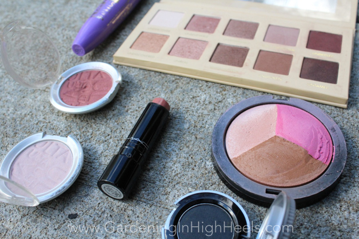 Fall sunset eyes with golds and rusty cranberry shadows. | Gardening In High Heels