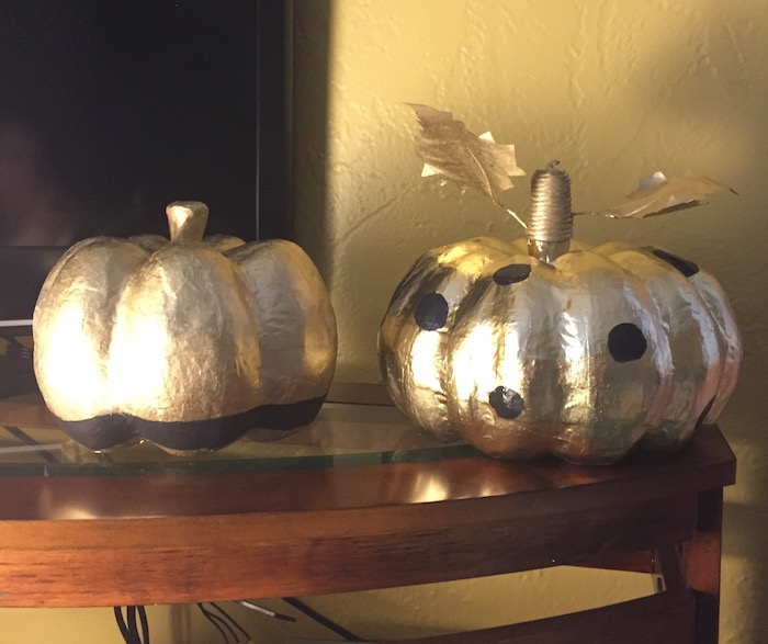 Spray paint paper pumpkins